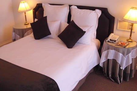 Savoy Hotel Kimberley - city centre - Kimberley - Pousada