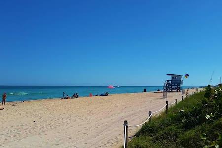 Beach House Apartment 2 - Miami Beach - Apartment