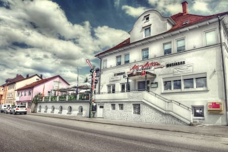 Vierbettzimmer - Rechberghausen - Talo