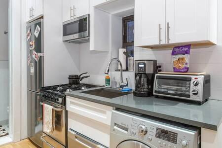 Midtown East Manhattan 1 Bedroom 33