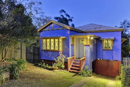 Beautiful Blue Bardon Home