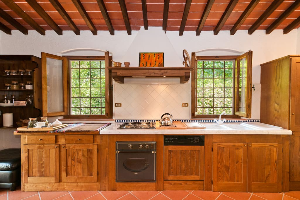 Very Nice Historic Tuscan Villa