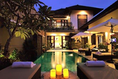 Gili Pearl Villa ( 3 Bedroom ) - Villa