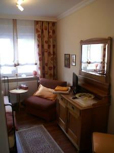 gemütliche 3 Zimmer bis 5 Personen - Condomínio