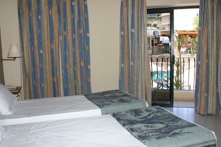PORTO AZZURRO APARTHOTEL - 3 STAR ACCOMMODATION - Saint Pauls
