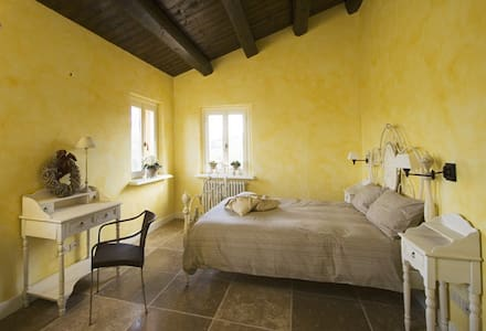Camera privata, casa rurale storica, vicino mare - Bed & Breakfast