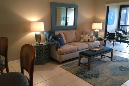 Beautiful Fort Myers Beach Condo - Great view - Wohnung
