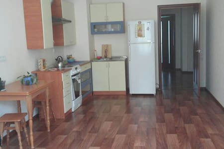 Nice, clean apartment/room for rent - Lägenhet