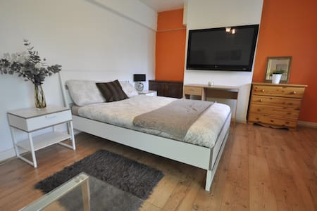 (ELS-1) LOVELY ROOM NEXT TO BRICK LANE/BALCONY - London - Apartment