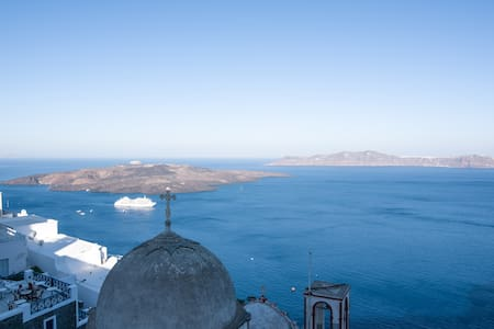 Angel Luxury Suites - Thira