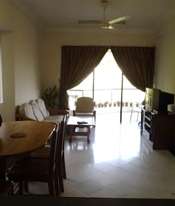 Near The Beach, 2 Rms Apartment. - Appartamento