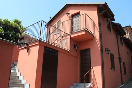 "Suite ""Nizza"" - Locanda Pastura ad Agliano Terme - Agliano - Bed & Breakfast"