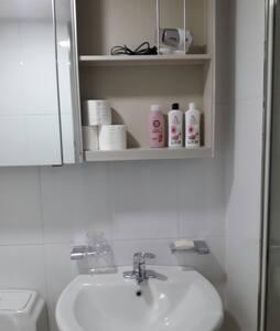 친구 및 가족여행에 적합한 원룸형 빌트인 아파트 - Pungdeok-dong, Suncheon-si - Apartment