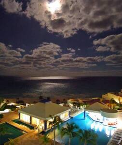 Hotel zone caribbean sea view & rooftop terrace :) - Apartment