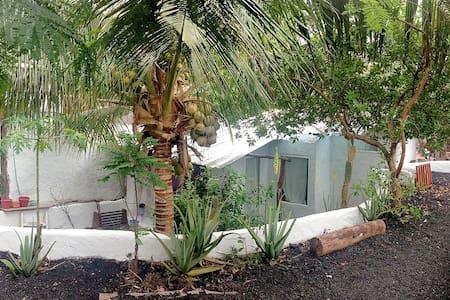 OASIS de El Edén CASITA en Galápagos - Ház