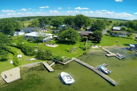Boating Watersport/Golf/Relaxing cottage PARADISE - Hus