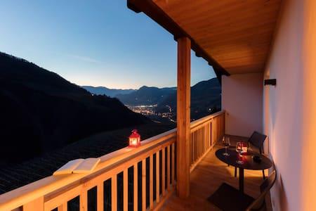 Neues gemütliches Apartment auf dem Weinhof - Apartemen
