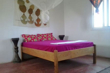 Double Room with private toilette - Bed & Breakfast