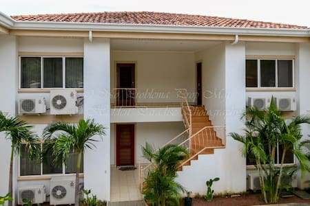 Great Condo Close to the Beach - Appartement en résidence