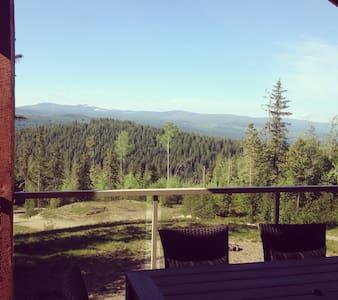 For nature lovers and adventurers! 1 bedroom+den - Ház
