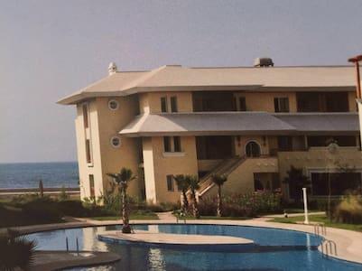 Luxueux appartement front de mer. - Bouznika