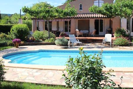 Villa avec piscine exposition sud - Cuers - Villa