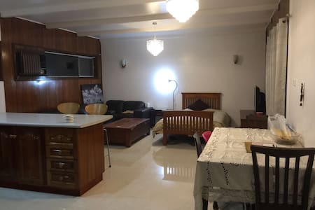 Nice size room & Separated kitchen - Ev