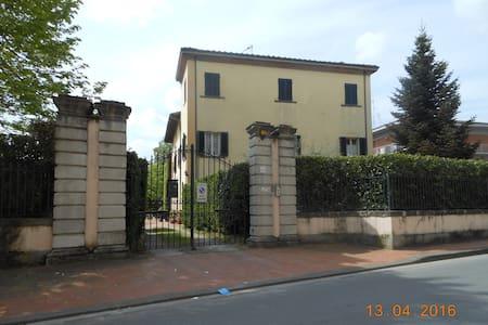 Appartamento in villa seicentesca - Apartemen