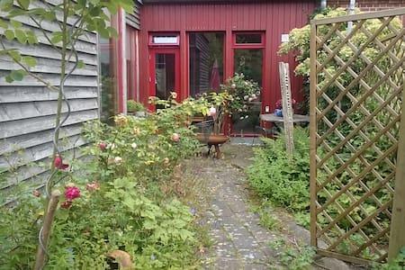 Bullerbü in Bliestorf - Zwischen den Meeren - Huis