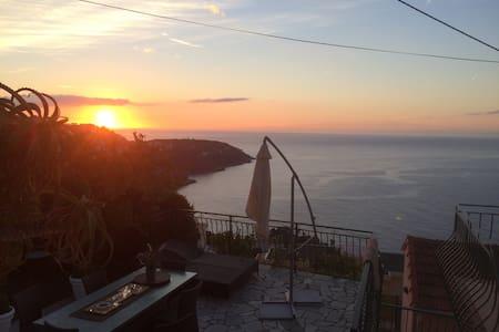 Charming villa and fantastic view near by Monaco - Roquebrune-Cap-Martin
