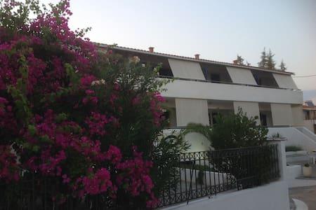 Appartamento vacanze Elafonisos - Elafonisos - Lägenhet