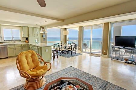 Shoreline Towers 2056-3BR-AVAIL 12/8-12/12 $980 -RealJOY FunPass- Spectacular Gulf Front Corner - Destin - Διαμέρισμα