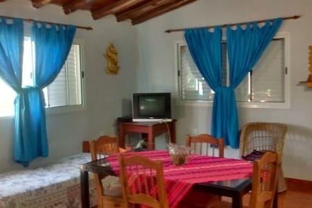 Don Segundo - House