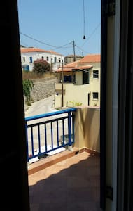 200 metres from Potamos square - House