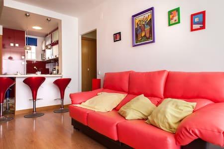 Modern beach apartment with awesome sea views! - Apartmen