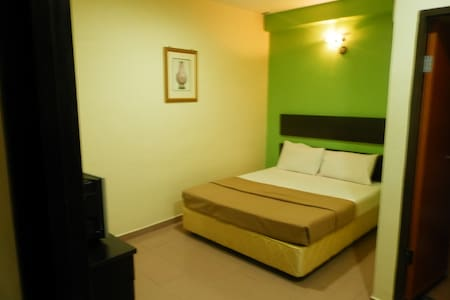 Standard Twin Room @ Ezzy In Hotel - Sitiawan - 其它