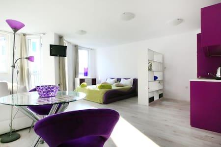Deluxe Large Studio in Minismart Complex A - Apartmen