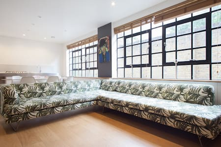 Shoreditch Private Floor - London - House