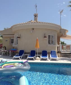 Luxury 3 bedrooms villa private pool A/C TV video - San Fulgencio - Vila