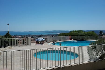 Appartement standing vue mer piscine et parking - St-Laurent-du-Var