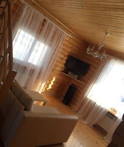 Роскошный дом на Павловке - Павловка - House