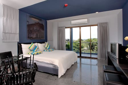 Superior with Balcony in PhuketTown - Daire