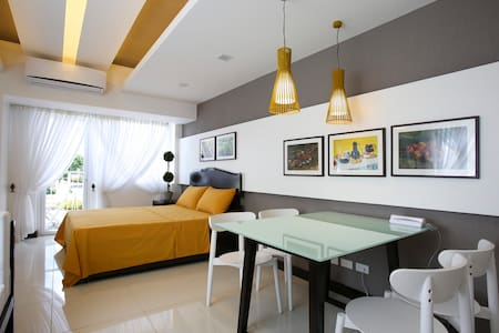 TAGAYTAY HOLIDAY ROOM ACCOMMODATION - Apartment