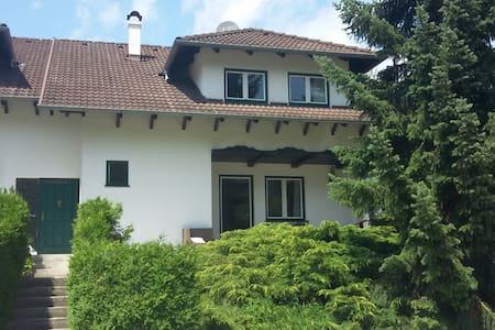 Haus mit Garten Mayerling - Maria Raisenmarkt - Ház