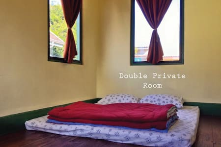 A DAY IN A LIFE DOUBLE PRIVATE ROOM