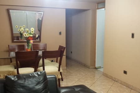 P/Bedroom two beds Lince - Lima - Apartment