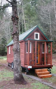 Tiny House on Wheels near Mt Baker - Hus