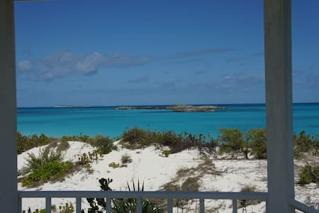 Beach Front House & Cottage - Great Exuma Island - Hus