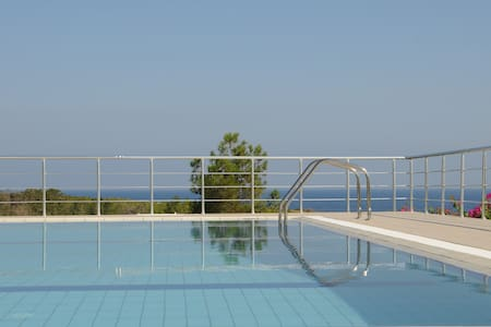 Villa PineCliff/N. Cyprus: relaxing, golf and sea - Esentepe - 別荘