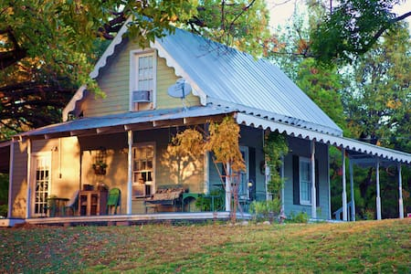 ConchoChristoval RIVER RETREAT B&B - Bed & Breakfast